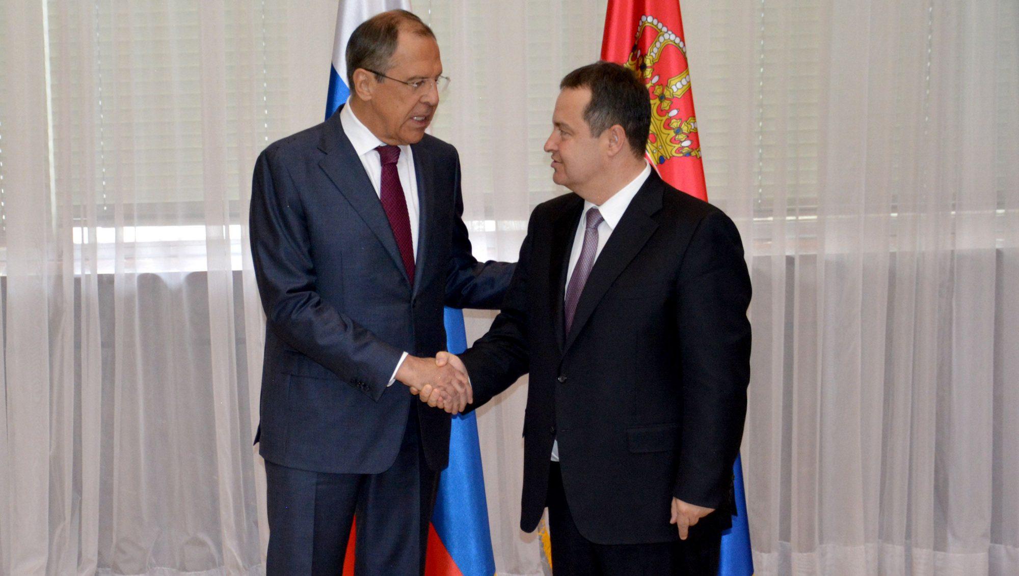 Dialogu Kosovë-Serbi, Rusia premton se nuk heq dorë