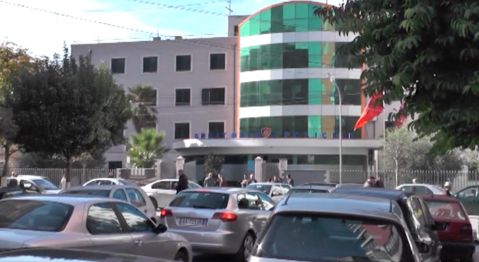 Tentoi të abuzojë një të mitur, ndalohet kanadezi në Durrës