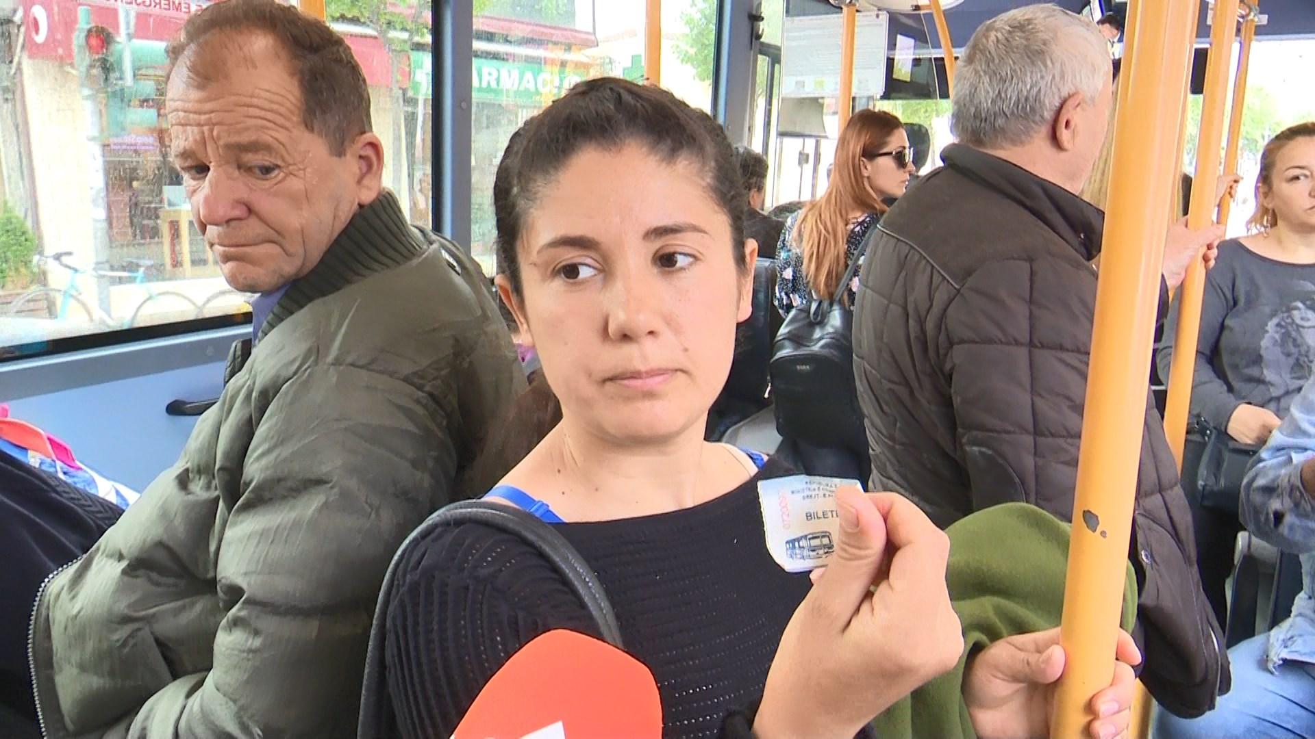 Për një ditë në Tiranë libri zëvendëson biletën e udhëtimit