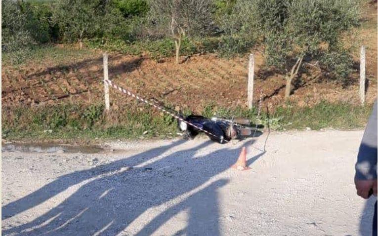 Humb jetën 50 vjeçari pas përplasjes me motor në aksin Gostimë-Mollas