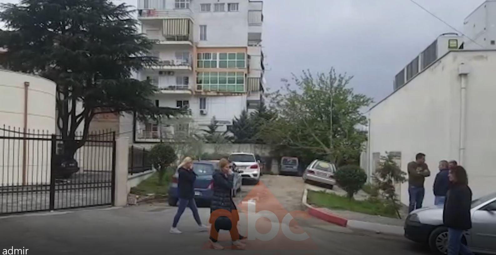 Del nga morgu, gruaja e Admir Muratajt shpërthen në lot