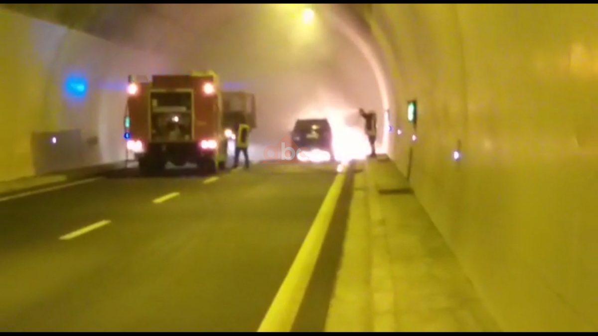Shkrumbohet automjeti në tunelin e Kalimashit