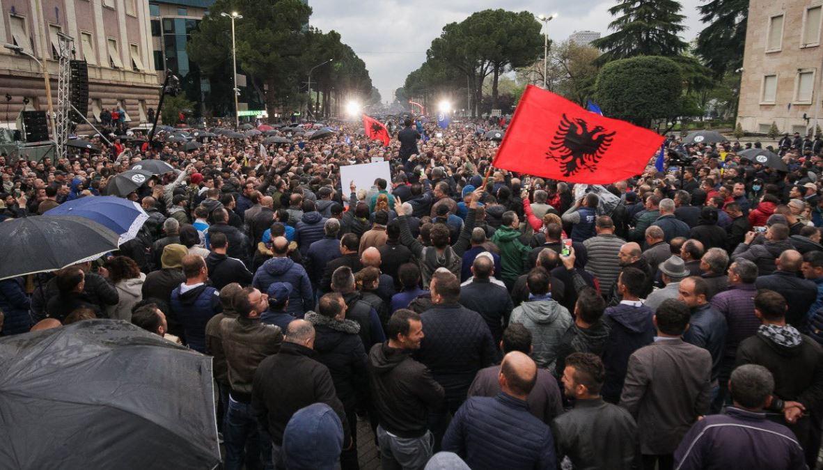 Reagimet e opozitës një ditë pas protestës