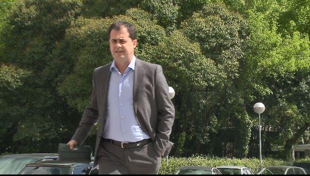 Bylykbashi-Ramës: Vëzhgues me të drejtë veto-je në komision? Tragji-komedi!
