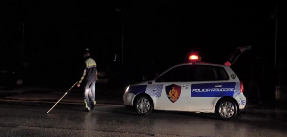 Aksident në Durrës, drejtuesi i mjetit përplas të miturin dhe largohet nga vendngjarja