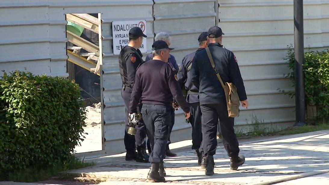 policia-para-parlamentit.jpg