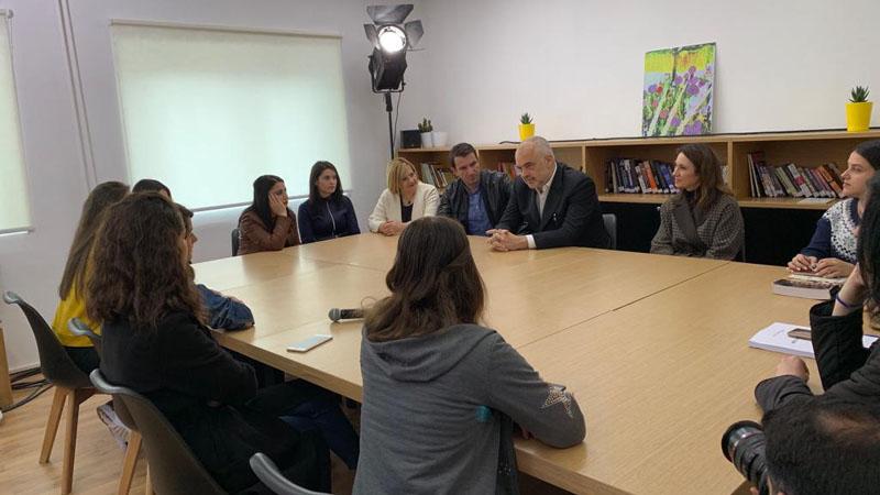 Rama dhe Veliaj: Bashkia e Tiranës do të rehabilitojë godinat e UBT