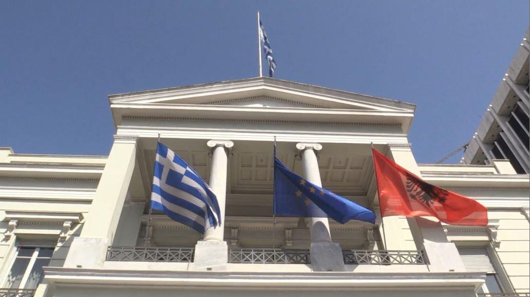 """Hapja e negociatave, kërcënon Athina: Zgjidhni """"minoritetet"""" ndryshe i bllokojmë"""
