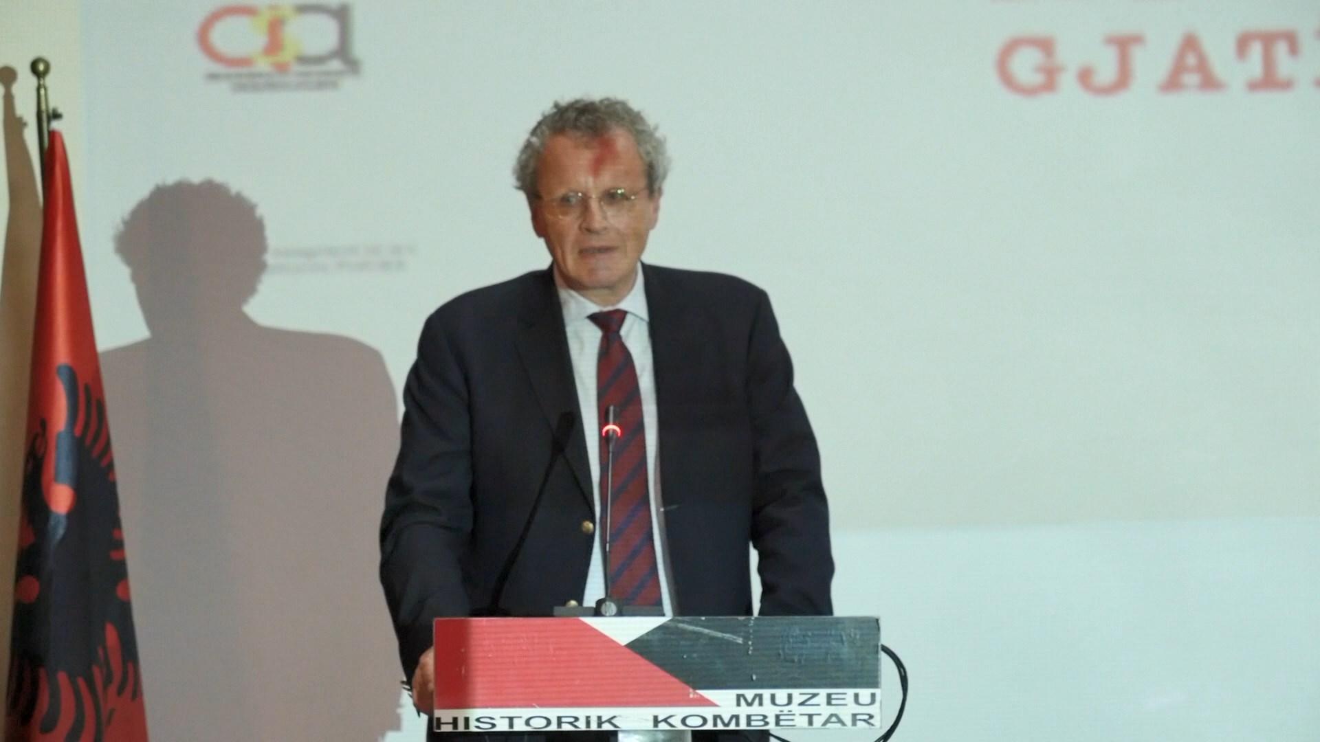 Borchardt: Në Shqipëri sulmohet kush vendos fakte kundër mitit