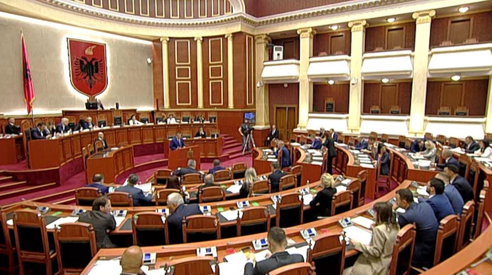 Raporti, mazhoranca: Sukses! Deputetët e opozitës së re: Dështim!