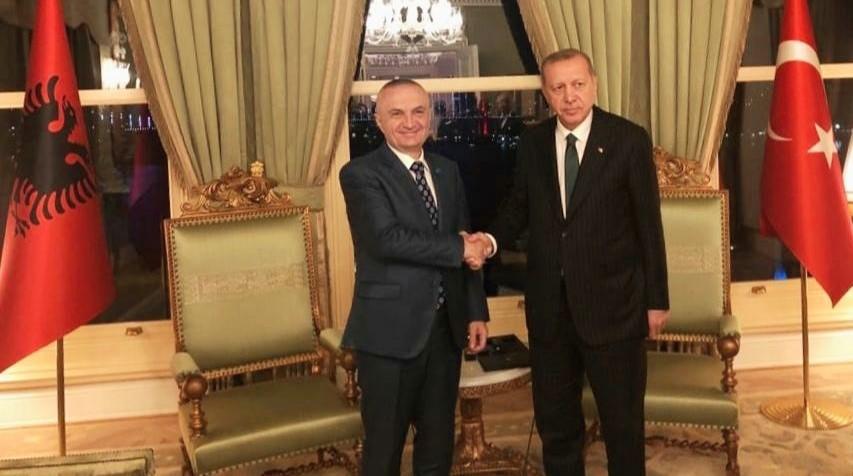Presidenti Meta, takim të veçantë me Erdogan