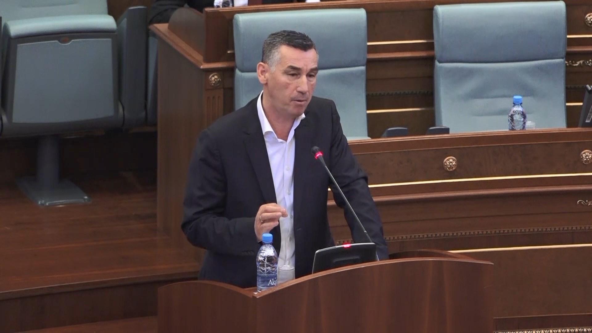 Veseli: Ka prova për krijimin e gjykatës ndërkombetare për genocidin serb
