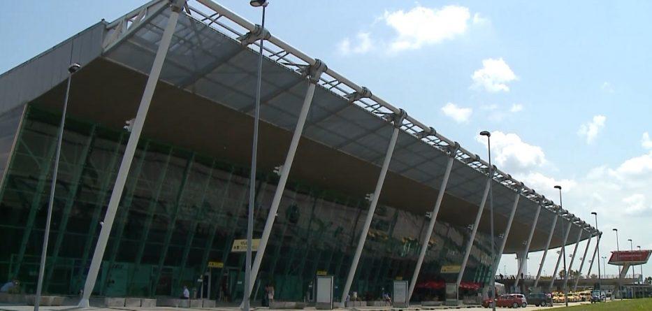 aeroporti-i-rinasit-933x445.jpg