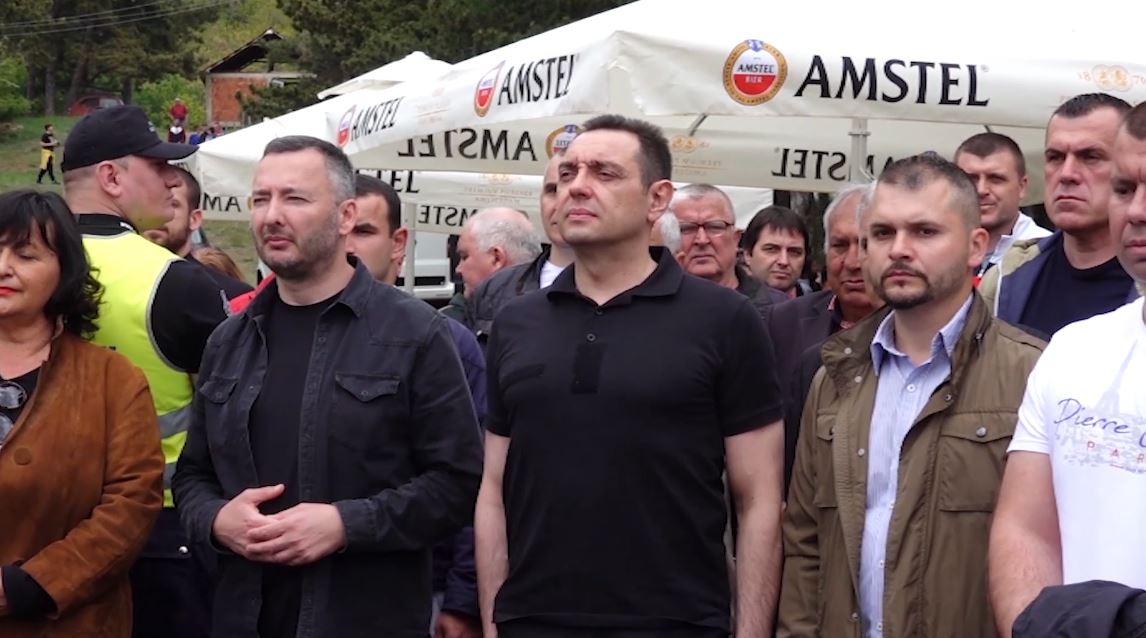 """Ministri serb: Duhet një kufi i fortë me """"shqiptarët"""""""