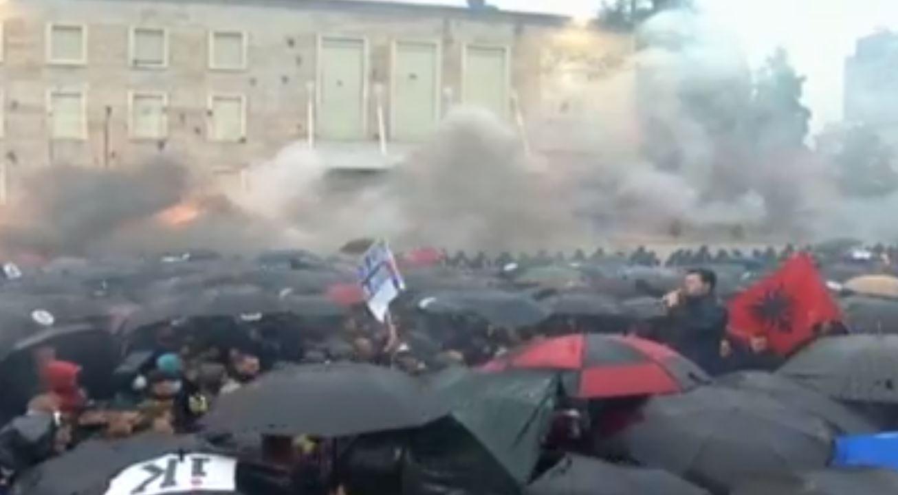 Protesta e 13 Majit, ndalohen 7 persona dhe procedohen 20 të tjerë