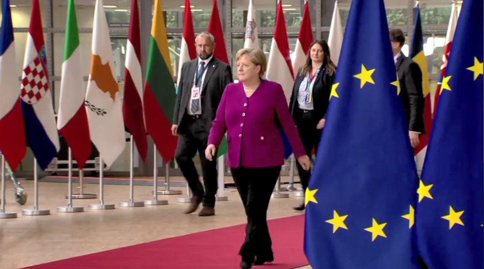 28 liderët e BE mbërrijnë për darkën informale në Bruksel