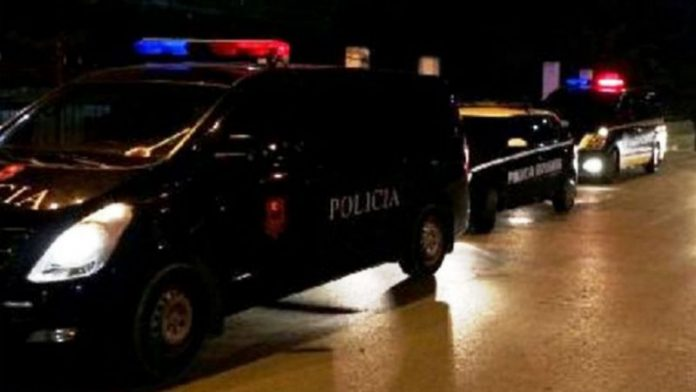 Plagosje me mjete të forta tek zona e ish-kënetës në Durrës