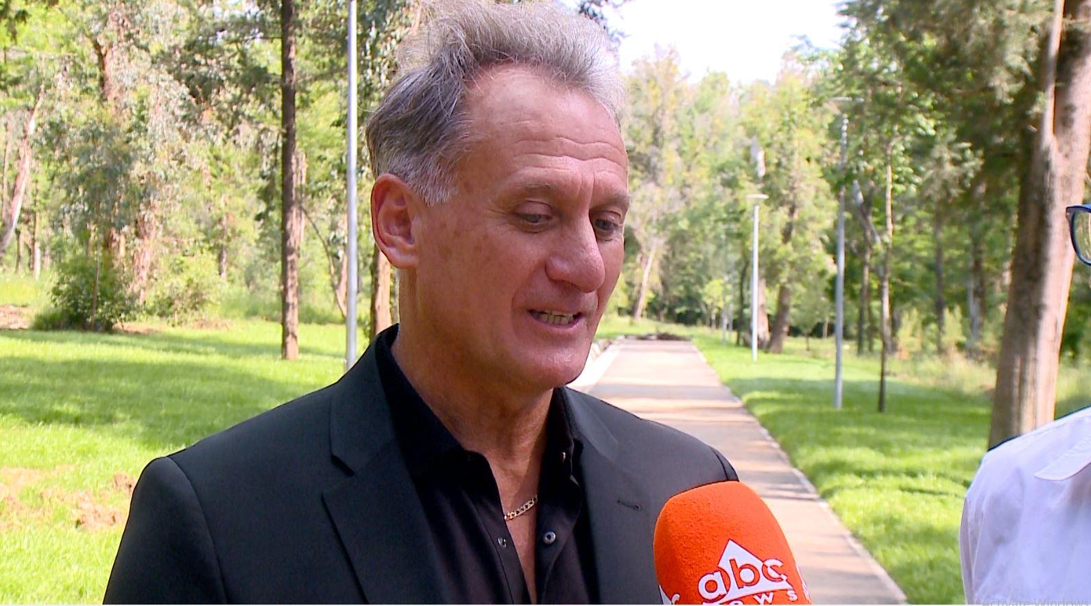 Rekordmeni armen vjen në Shqipëri