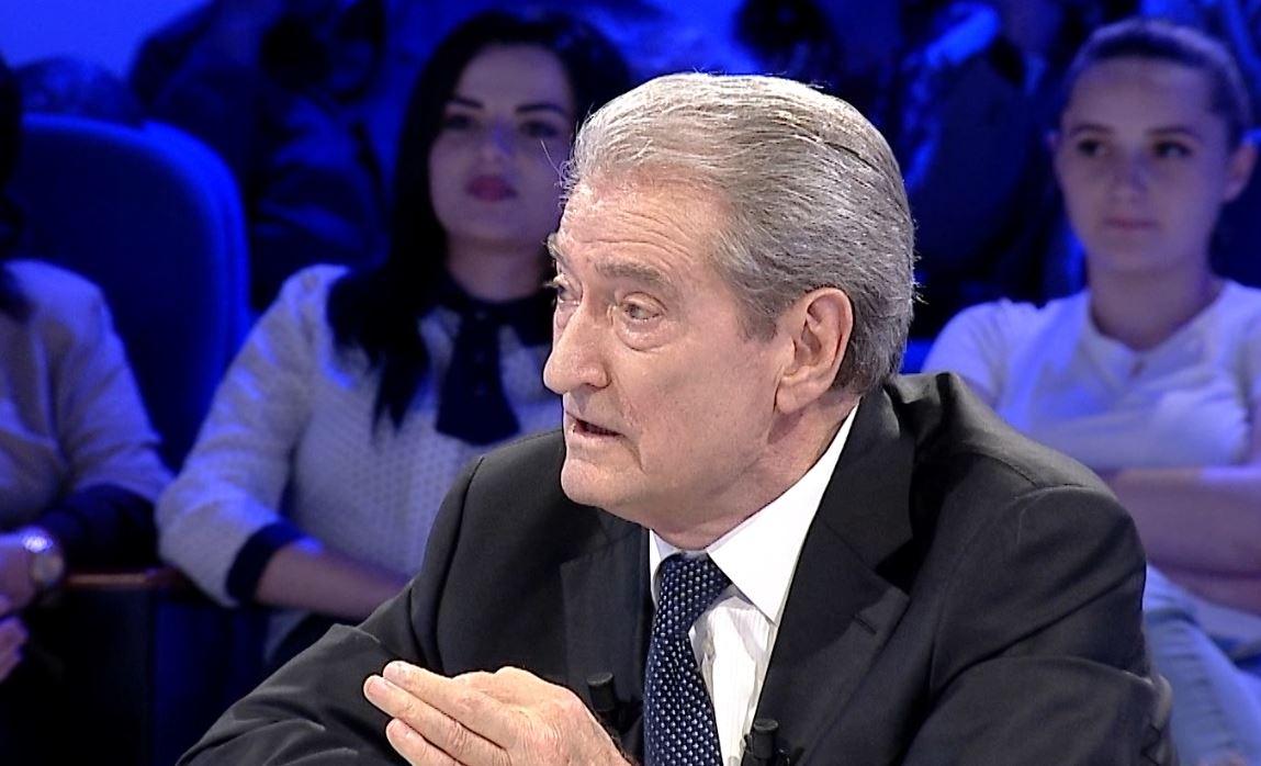Berisha i përgjigjet Thaçit: Ka marrë misionin e Serbisë së Madhe