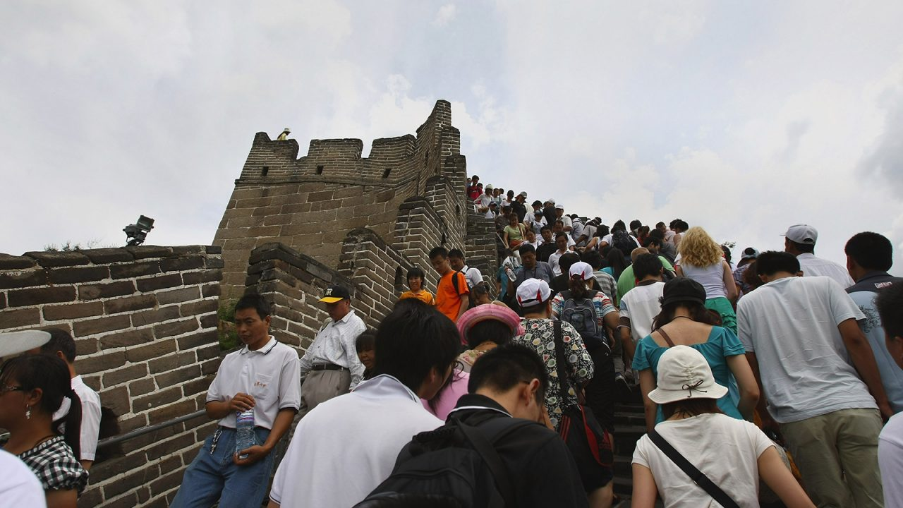 190531144112-great-wall-crowded2-1280x720.jpg