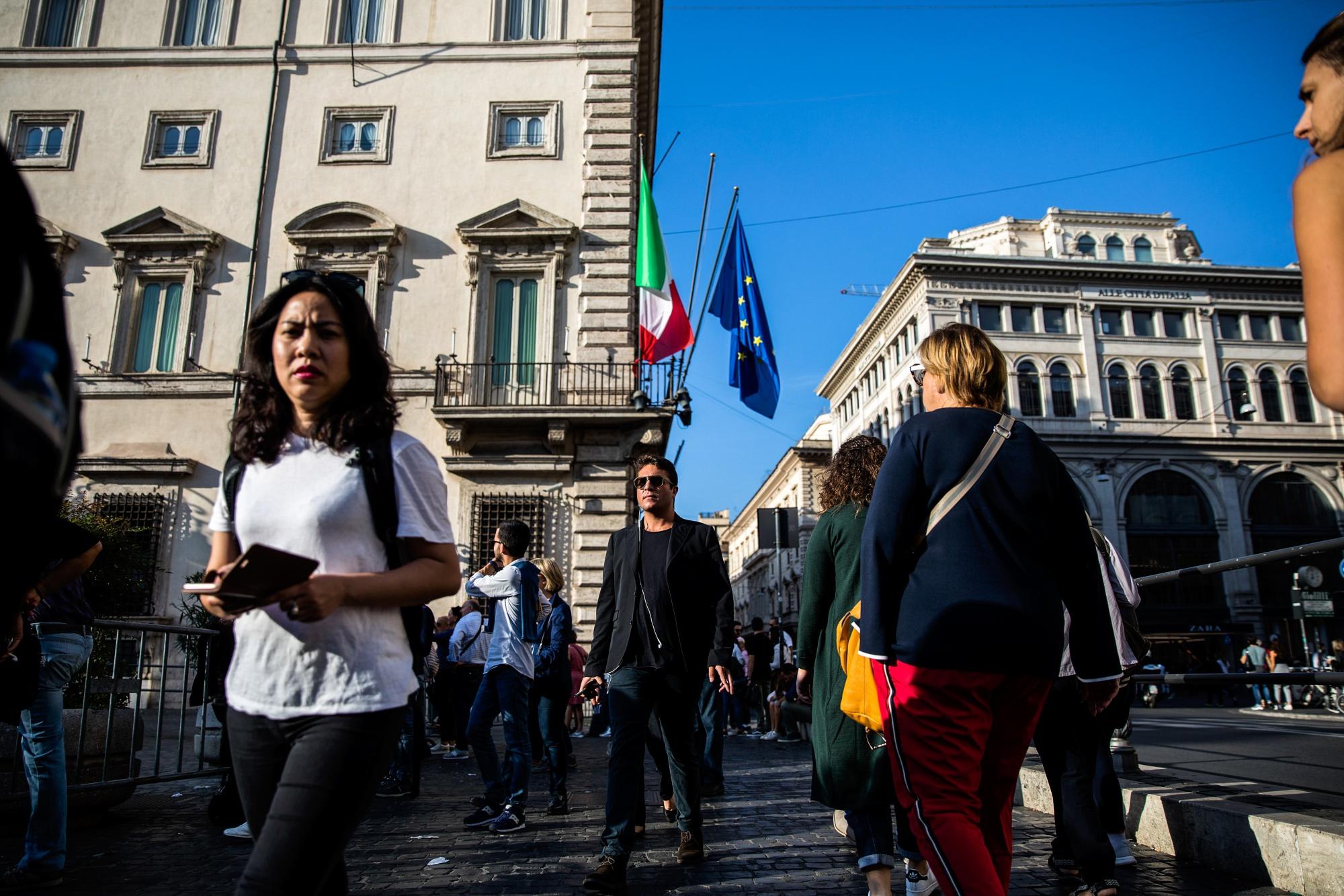 KE: Italia ka shkelur rregullat fiskale të BE-së