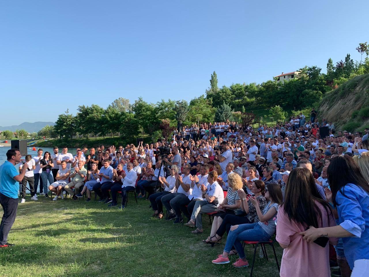 Veliaj nga Baldushku fton shqiptarët të votojë më 30 qershor