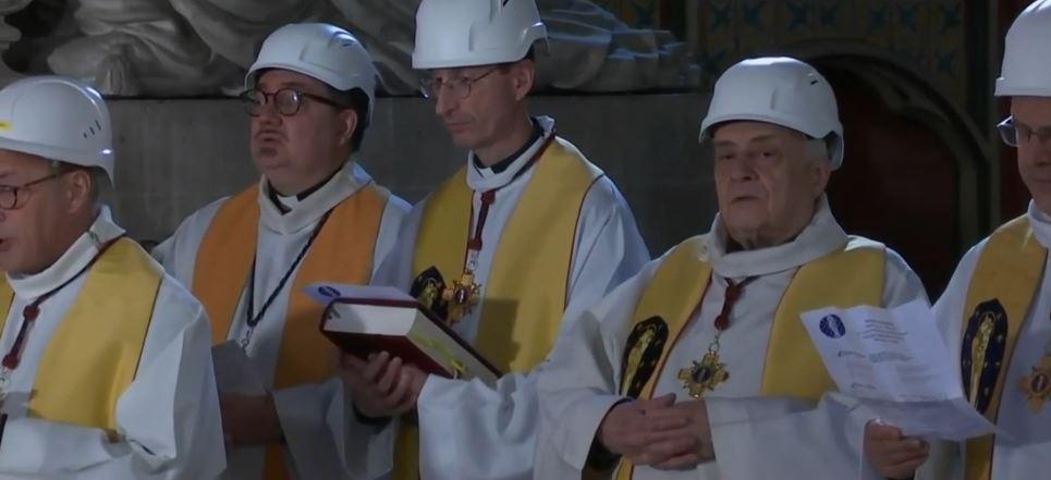 Notre Dame, mbahet mesha e parë që nga zjarri