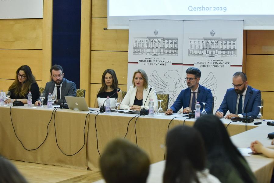 Krimi ekonomik, Denaj: Nuk luftohet me gjoba e ndëshkime