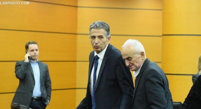 KPK shkarkon nga detyra Enkelejdi Hajro dhe Fuat Vjerdhën