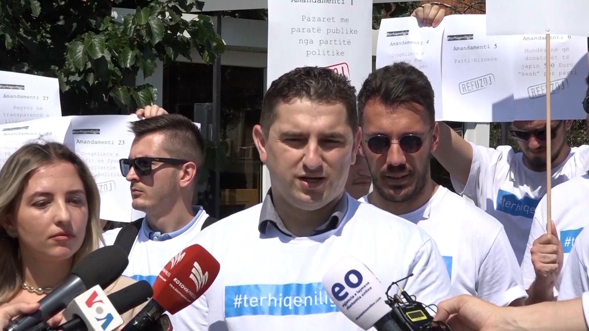 Kosovë, shoqëria civile kundër pr/ligjit për financimin e partive politike