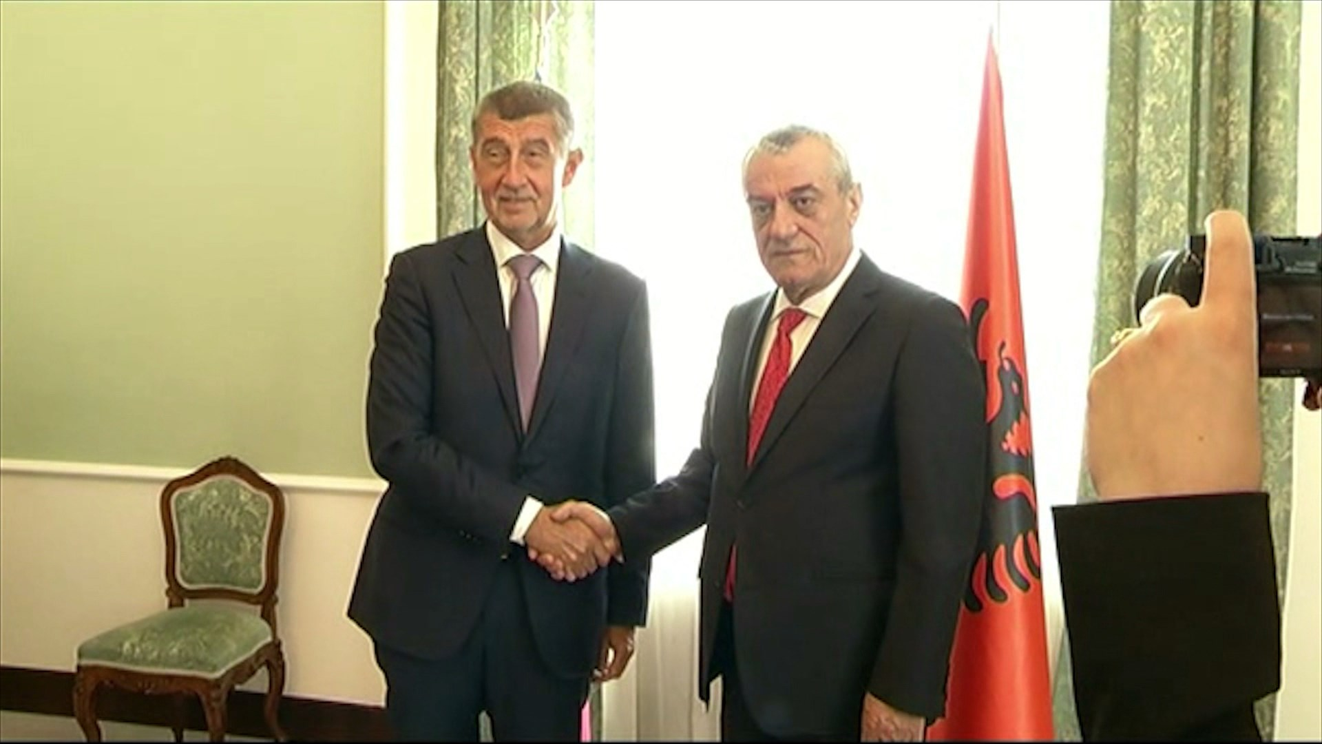 Ruçi vizitë në Pragë, merr mbështetjen për hapjen e negociatave