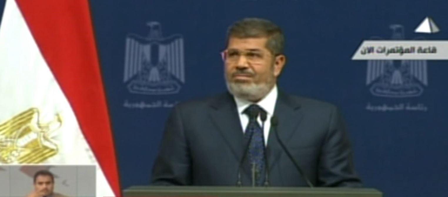 Egjipt, ndërron jetë në sallën e gjyqit ish-Presidenti