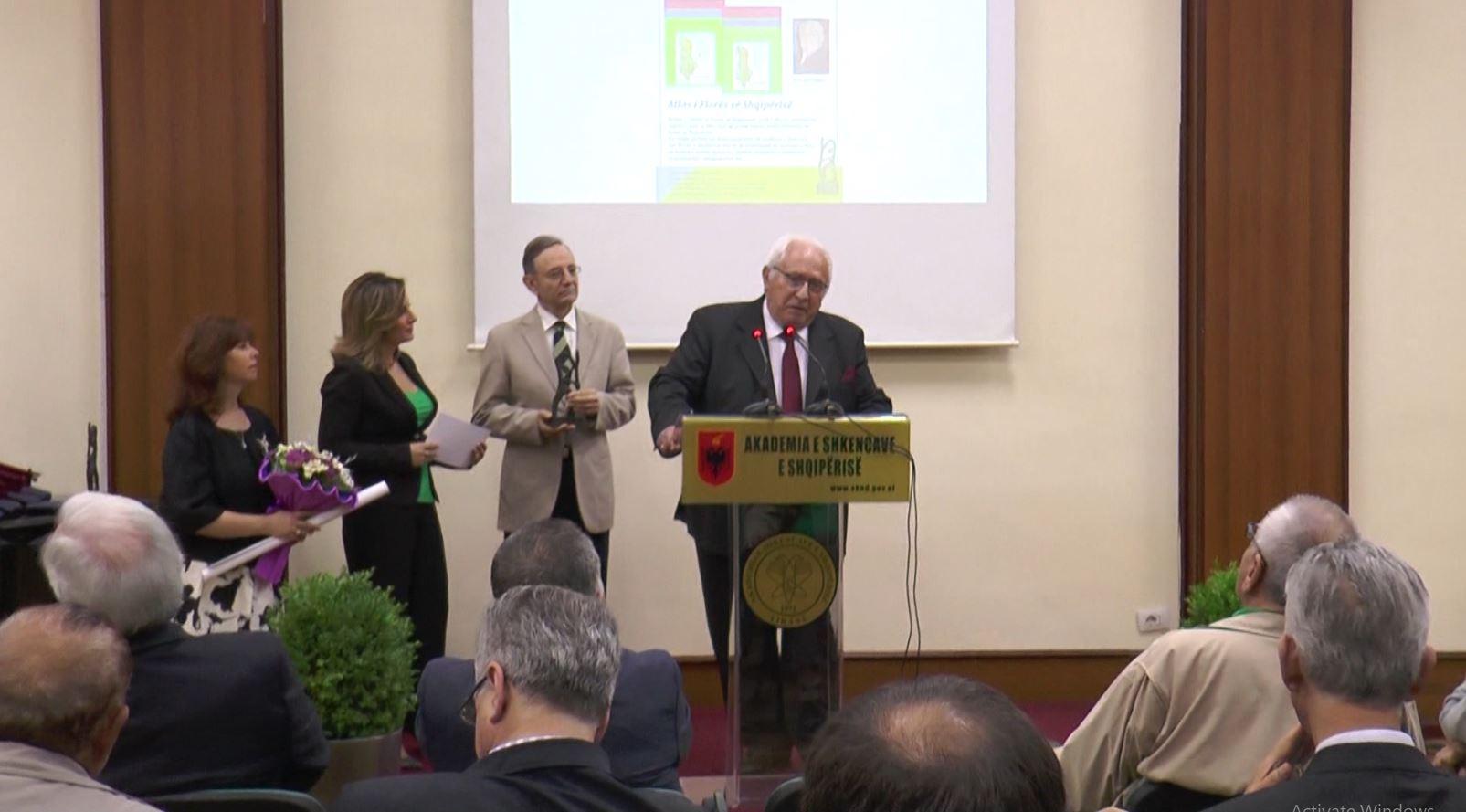 """Historia e shqiptarëve gjatë shek XX vlerësohet me çmimin """"Eqerem Çabej"""""""