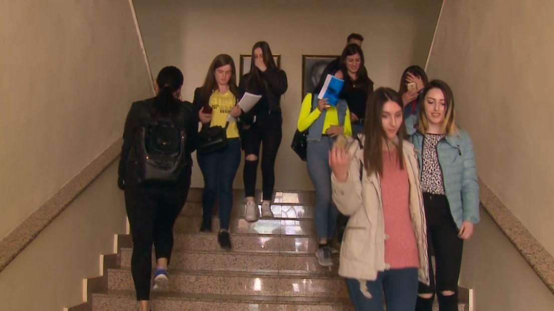 Numri i të arsimuarve në Shqipëri problem për anëtarësimin në BE