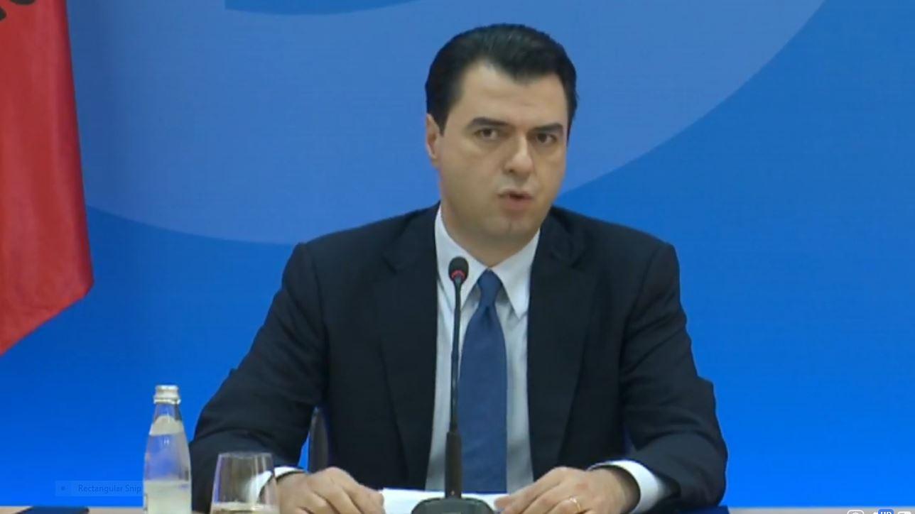 Basha: Shqipëria në kushtet e grushtit të shtetit