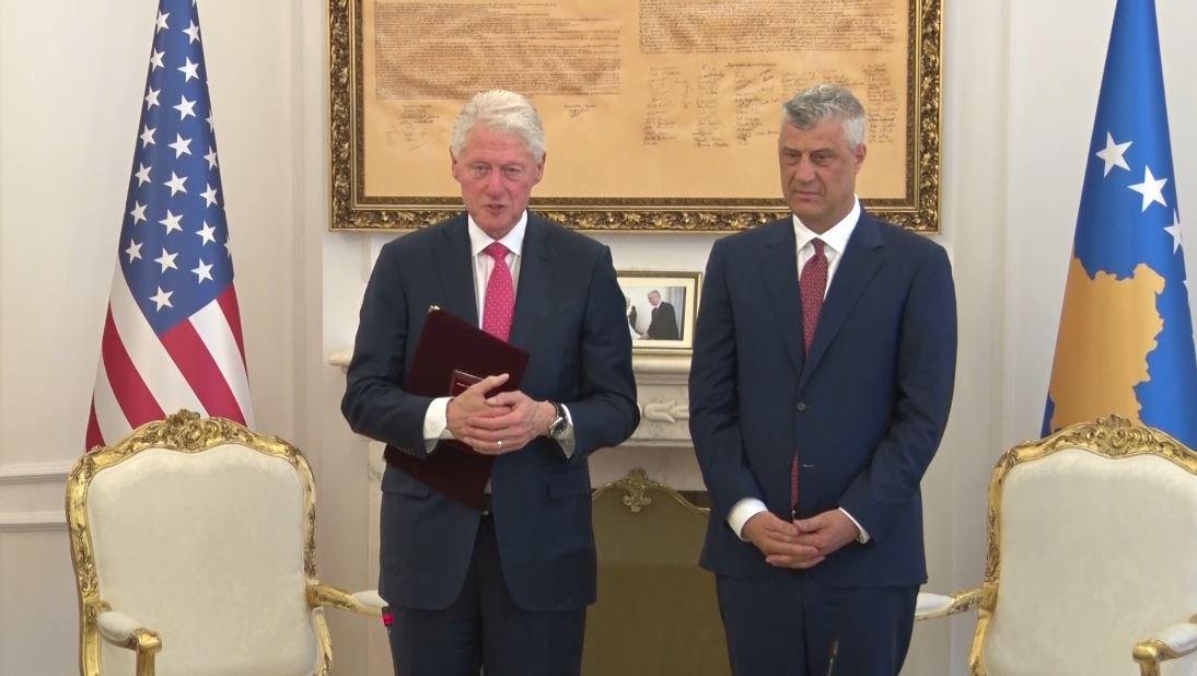 Bill Clinton në Kosovë me rastin e 20 vjetorit të hyrjes së NATO