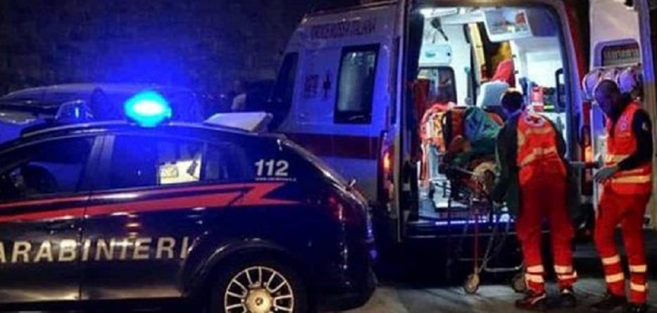 carabinieri-ambulanza-notte-4-1-653x367-933x445.jpg