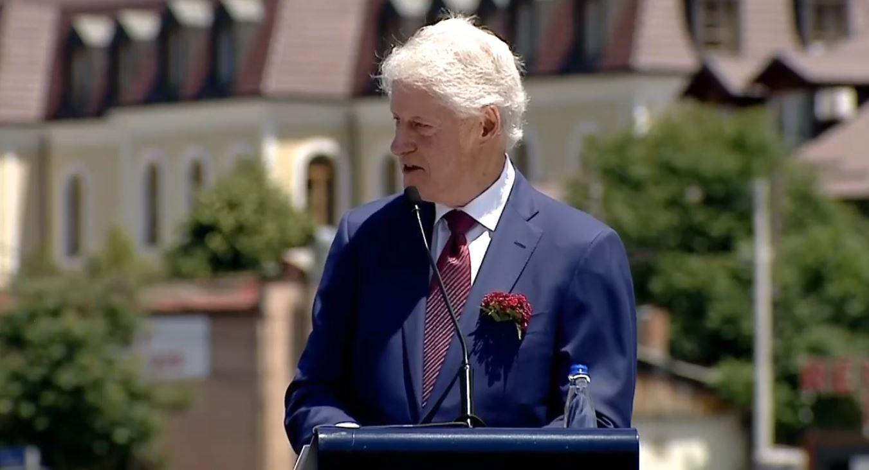 Bill Clinton: Krenar për Kosovën, e dua këtë vend