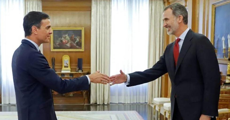Mbreti i Spanjës i ngarkon Sanchez detyrën për të krijuar qeverinë e re të vendit