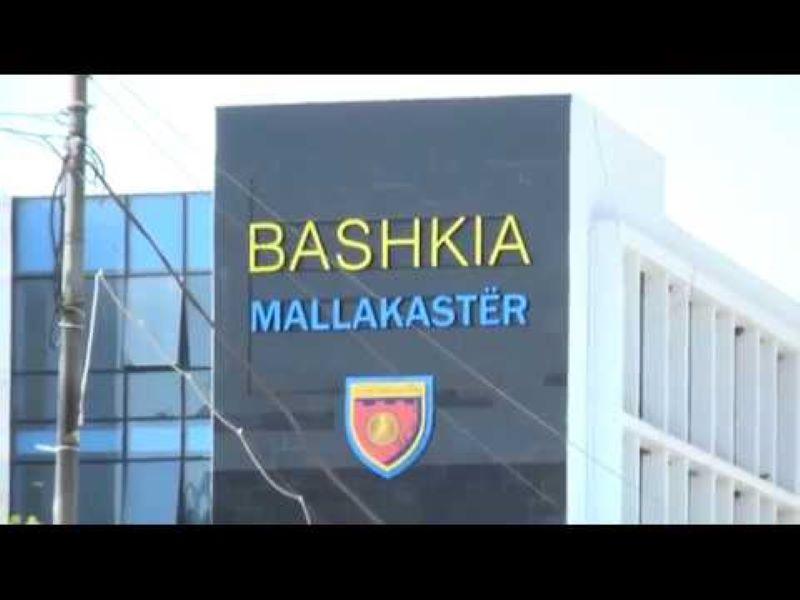 Mallakastër, arrestohen 2 punonjës bashkie, në kërkim nënkryetari