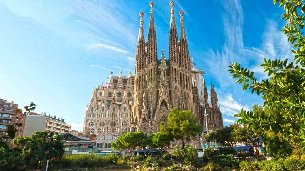 Barcelonë, zhbllokohet leja për ndërtimin kishës së famshme