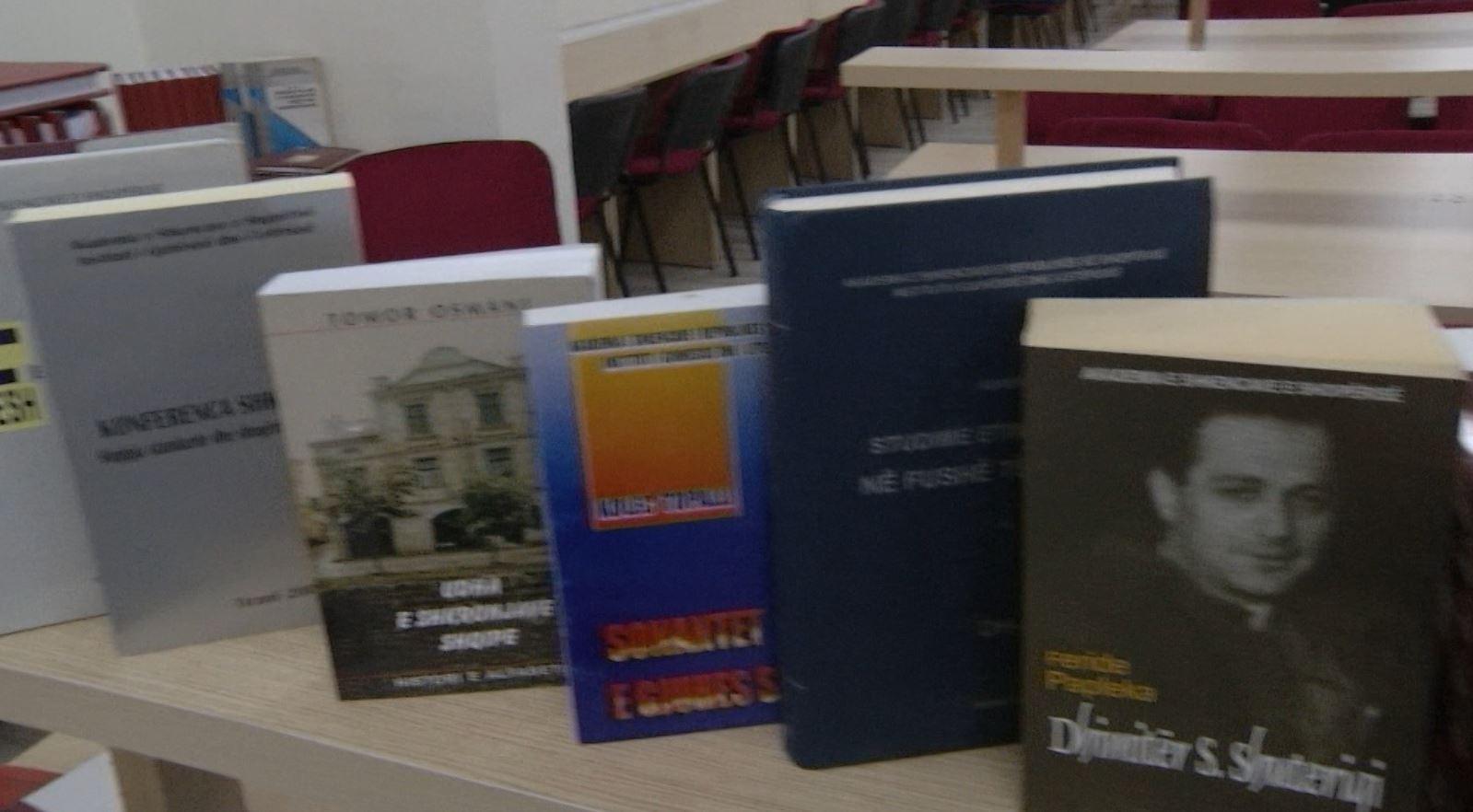 Bibliotekës së Filologjikut i shtohen 150 tituj të rinj
