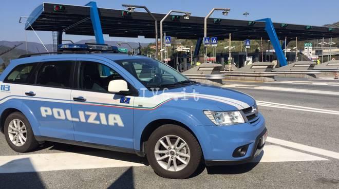 makina-e-policise-italiane.jpg