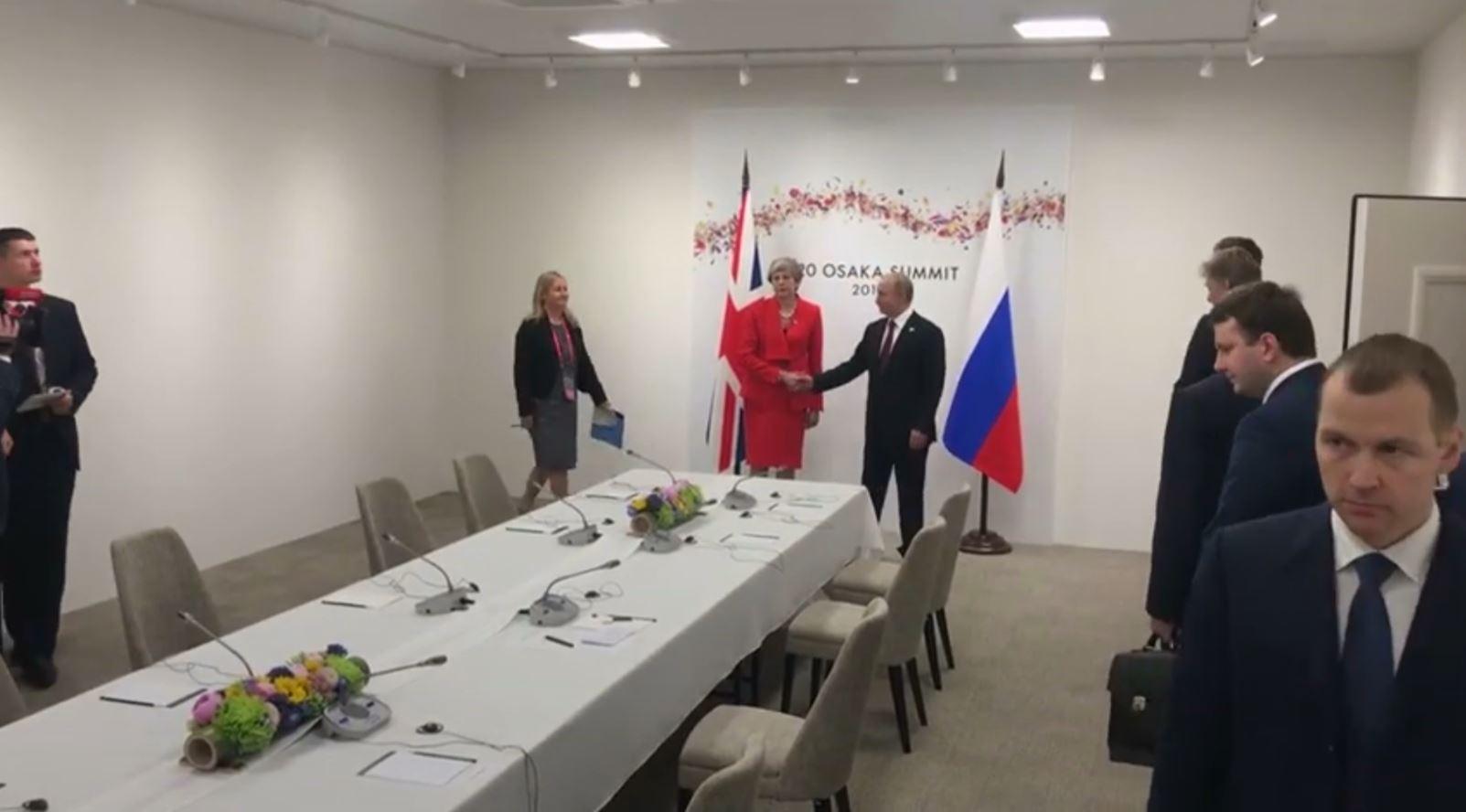 Marrëdhëniet Britani-Rusi, May takon Putin: Mjaft me sjellje të papërgjegjshme