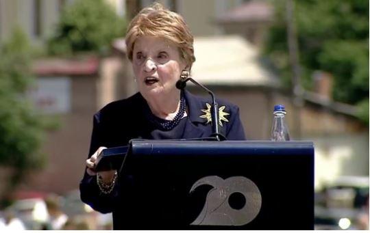 20 vjetori i Çlirimit të Kosovës, Albright: Ia dolëm se kauza jonë ishte e drejtë