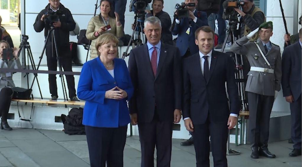 samiti-paris.jpg