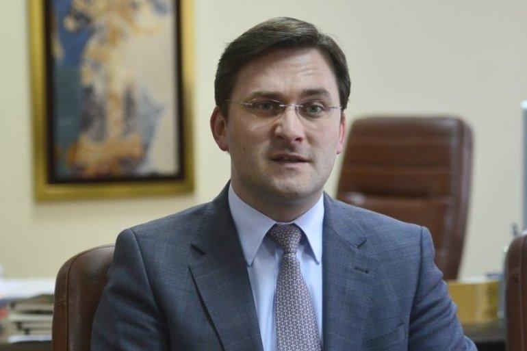 Zyrtari serb, Sellakoviç: Korrigjimi i kufirit s'është mbi tryezë