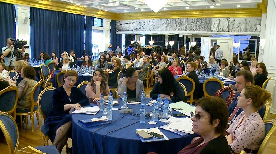 """""""Ekonomitë rriten kur punojnë më shumë gra """", mblidhet Forumi i Gruas në Sipërmarrje"""