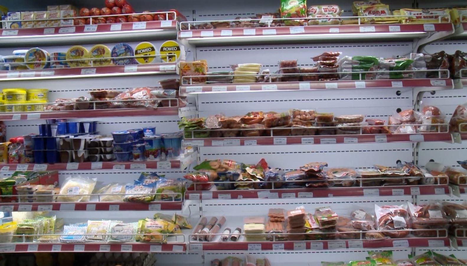 AKU bllokon 4.8 tonë produkte ushqimore
