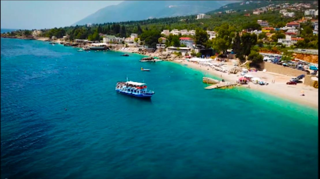 Turizmi në Vlorë, rriten kërkesat për hoteleri